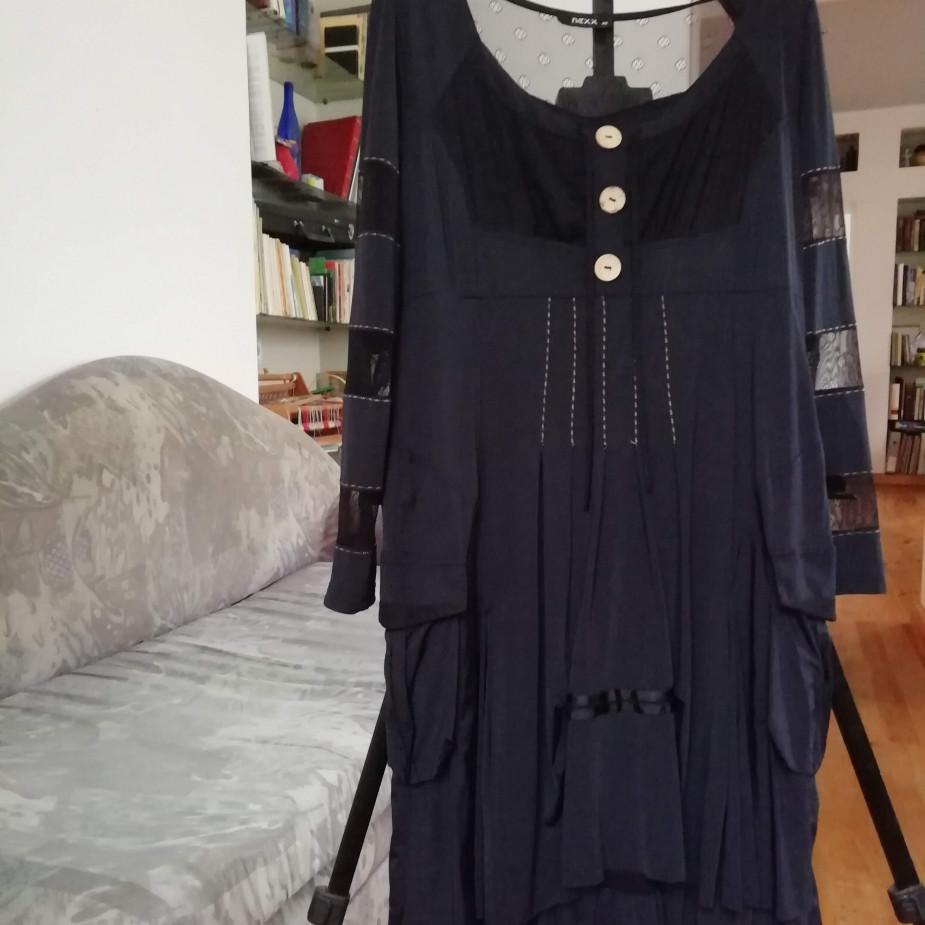 Skelbimo Moteriška išeiginė suknelė nuotrauka