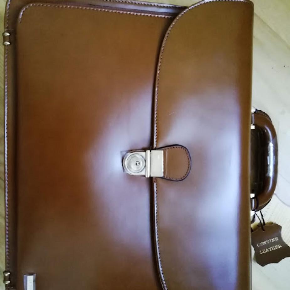 Skelbimo Vyriškas VIP portfelis nuotrauka