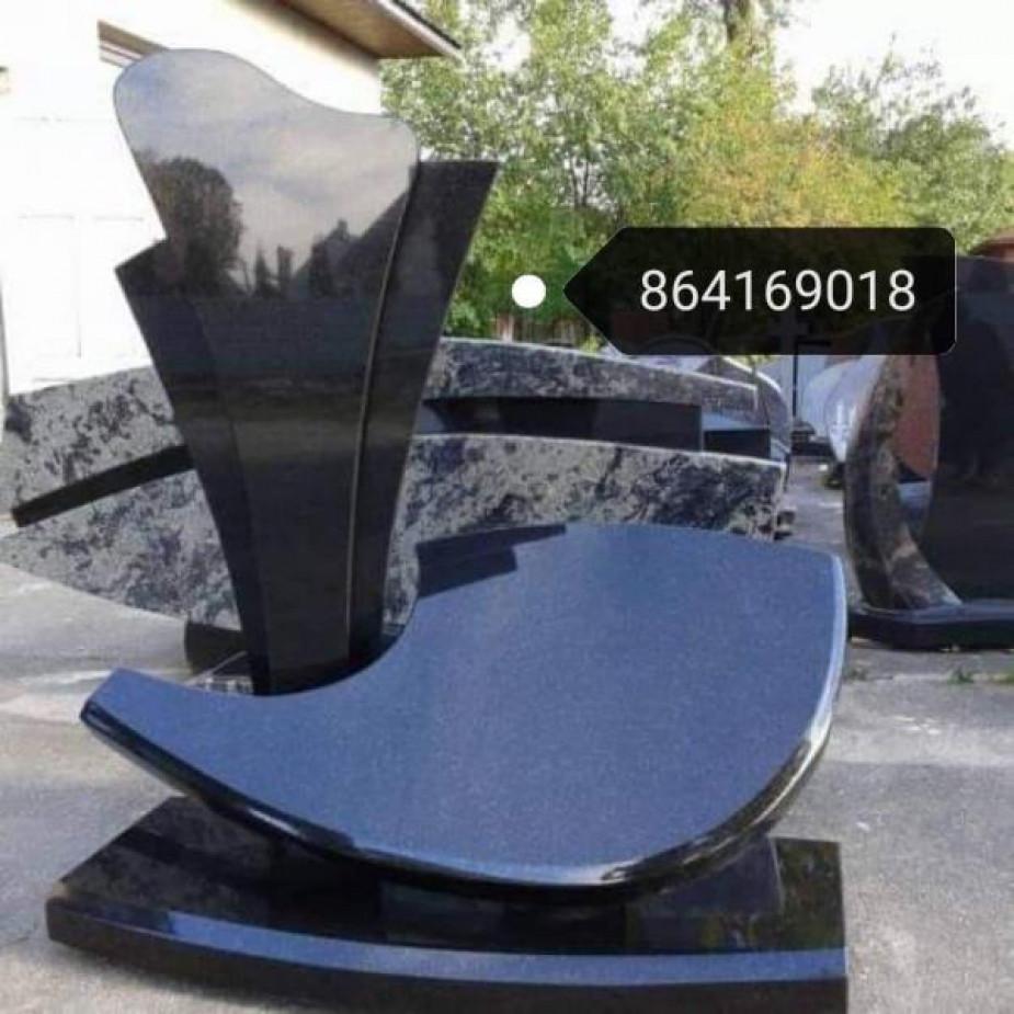 Skelbimo Kapų tvarkymas. Paminklai, granito plokštės. Pamatų betonavimas, dekoravimas skaldele, trinkelių klojimas ir kiti darbai. nuotrauka
